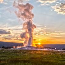 old-faitful-geyser