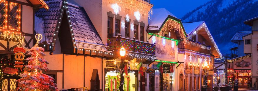 Christmas Town.Winter Wonderland America S Most Beautiful Christmas Towns